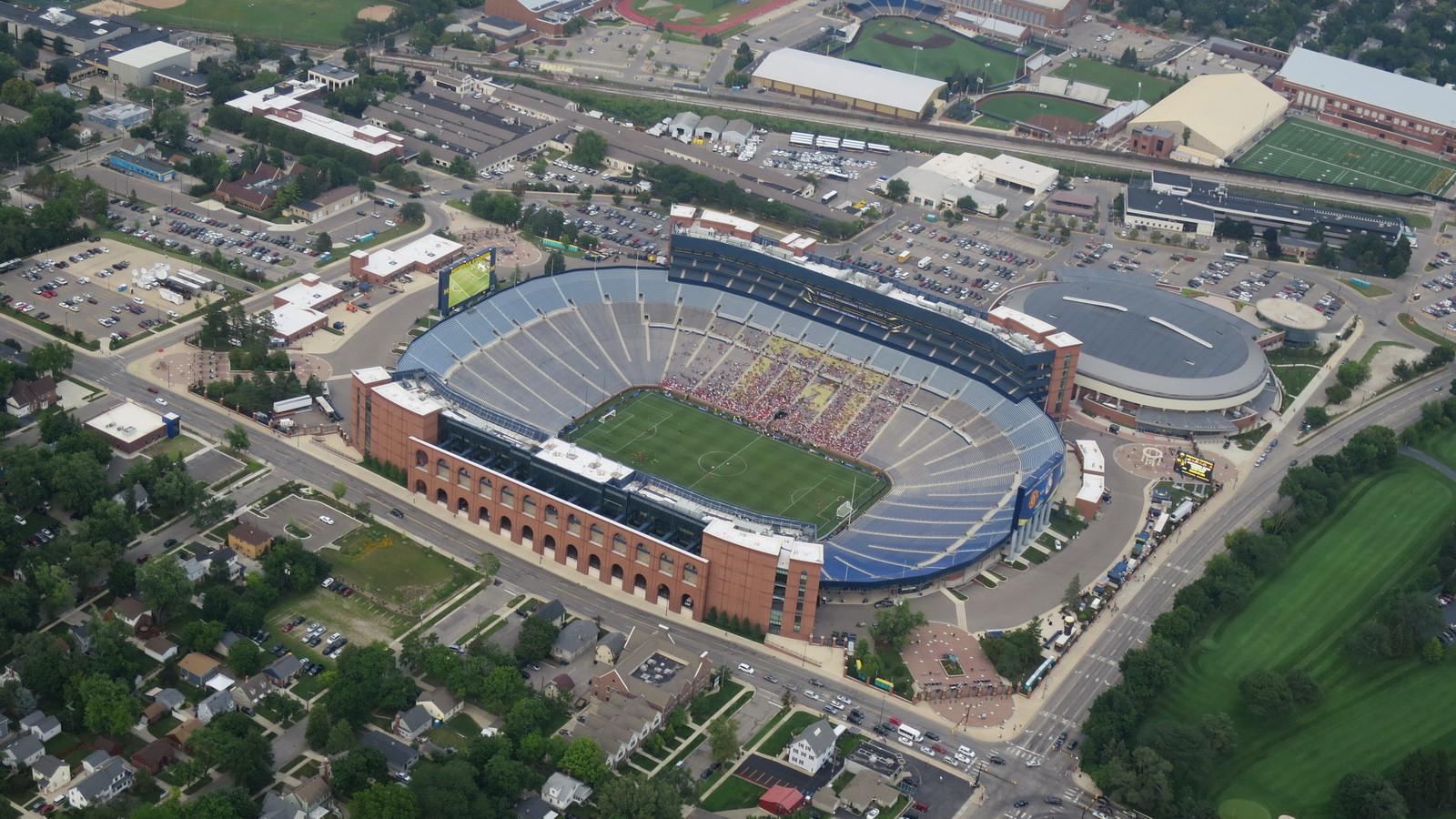 Stadium_Crisler